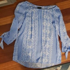 NWT adorable tie sleeve off the shoulder top